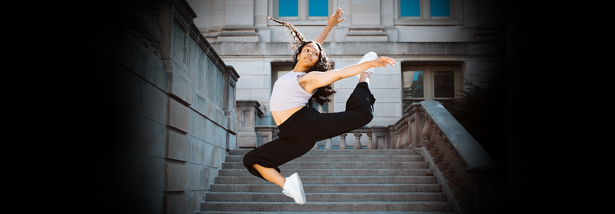 Undergraduate dancer Soraya Cohen dancing on campus
